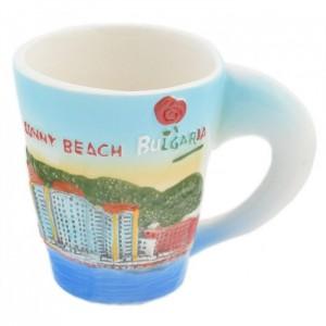 2бр. Сувенирни керамични чаши с релефни забележителности от Слънчев бряг