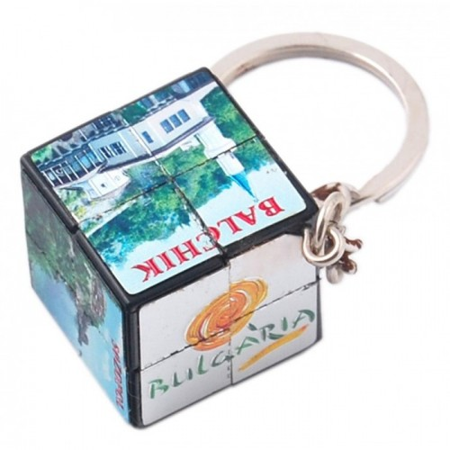Сувенирен метален ключодържател - куб на рубик 2х2