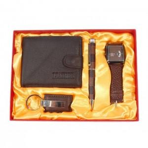 Подаръчен комплект от портфейл, кожен ключодържател, часовник и химикал