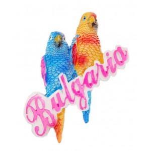 Магнит във формата на два папагала върху надпис - България