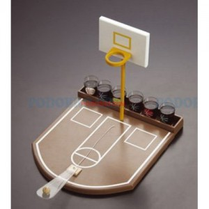 Баскетбол с чашки - игра за напиване