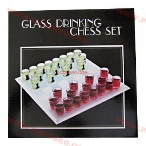 Алкохолен шах с чашки - голям