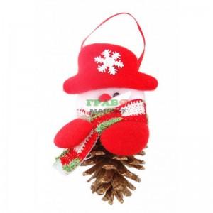 Коледна фигурка с шишарка за окачване на елха