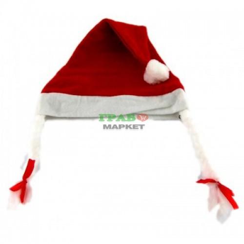Детска коледна шапка с декоративни плитки с панделки