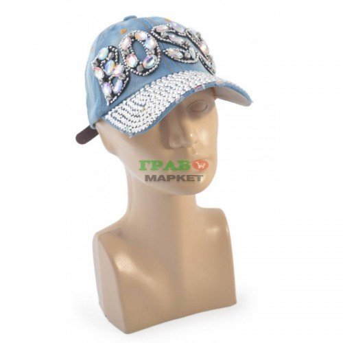 Спортна лятна шапка от дънков плат с козирка, декорирана с надпис BOSS и бели камъни